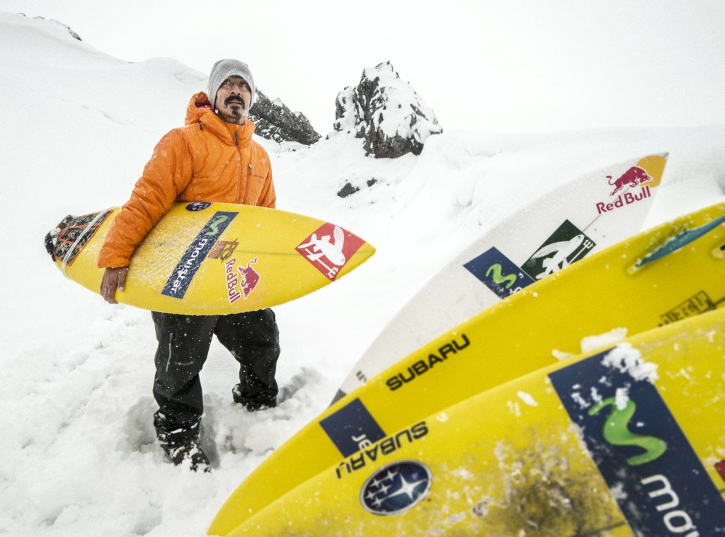 Ramón Navarro prepares in Antarctica. Photo: Red Bull Content Pool