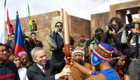 The torch is passed towards Santiago. Photo: Santiago2014