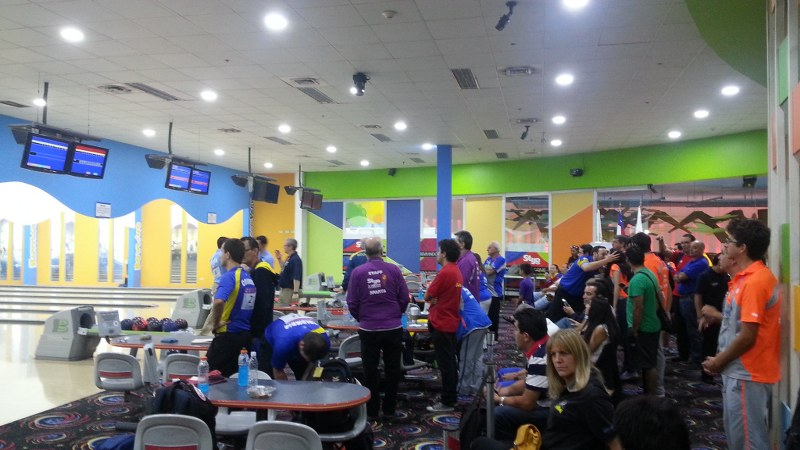 Bowling at the South American Games. Photo: Daniel Boyle