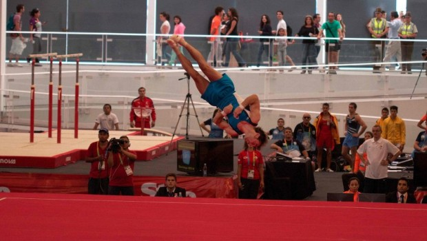 Tomás González during his gold medal routine. Photo: Vasilios Devletoglou
