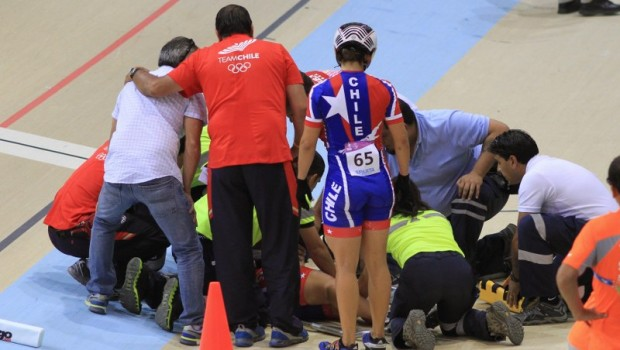 Irene Aravena had a terrible crash in cycling. Photo: Vasilios Devletoglou