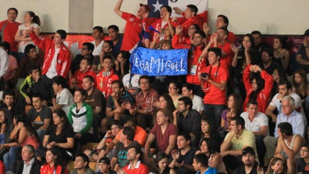 Chilean crowd. Photo: Vasilios Devletoglou
