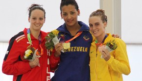 Kristel Kobrich, left, won the silver medal. Photo: www.adochile.cl