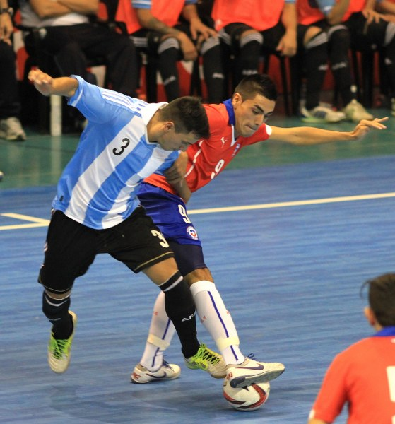 Argentina proved to strong for Chile. Photo: Vasilios Devletoglou