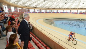 President Piñera oversees the opening of the velodrome. Photo: Gobierno de Chile