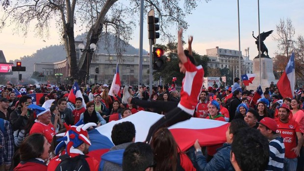 Chile celebrates. Photo: Vasilios Devletoglou