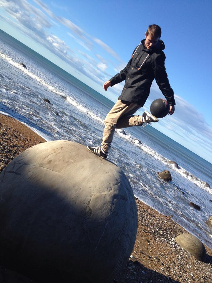 Olly Bowman kicking in New Zealand. Photo via Facebook