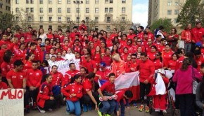 Chilean athletes descend on La Moneda. Photo: DAR Chile/Facebook